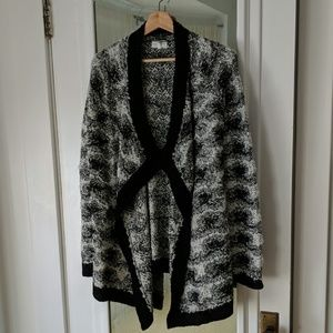 Lou & Grey Black and White Marbled Mohair Blend